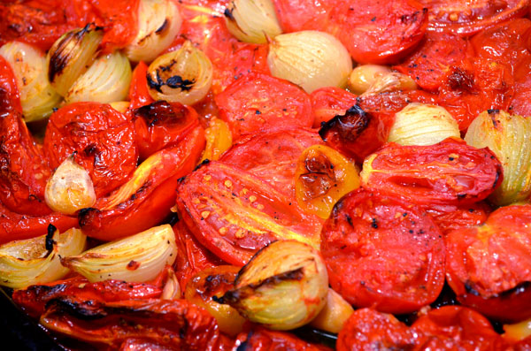 Roasted fresh tomatoes with onions and garlic