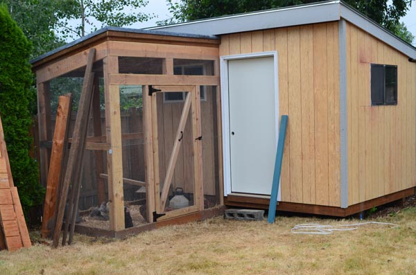 finished-shed-chicken-coop