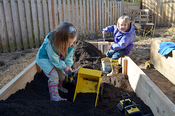 raised-bed-play
